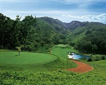 Golf at Lana'i Manele Bay